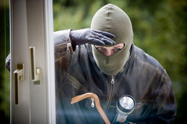 Hoe beveilig ik mijn huis tegen woninginbraken?
